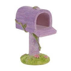 Tooth Fairy Mail Boxes - Perfect to Hide Teeth in for the Tooth Fairy to come at night!! 7.5cm High.. My Kids have one each and whenever they lose a Tooth this Mail Box comes out and they leave it beside their bed with tooth inside.. It is very easy for the Tooth Fairy to get out :)