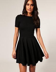 Vestidos curtos pretos   O pretinho básico para todas as ocasiões