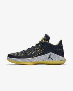 e255a3a835c Air Jordan XXXII Low Men s Basketball Shoe