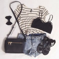 fashion outfit style brandy melville t-shirt bralette fall