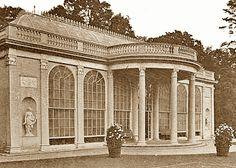 Heveningham Hall Orangery by Ian Dewar, via Flickr