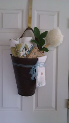 Cute idea for a guest room!!  :)