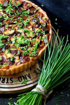 Kakkuviikarin vispailuja!: Pulled pork- piirakka Pulled Pork, Vegetable Pizza, Bbq, Vegetables, Cooking, Food, Bakken, Shredded Pork, Barbecue