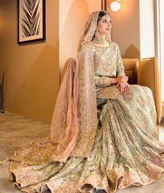 Bridal Mehndi Dresses, Walima Dress, Asian Bridal Dresses, Shadi Dresses, Simple Pakistani Dresses, Asian Wedding Dress, Indian Bridal Outfits, Bridal Dress Design, Pakistani Bridal Dresses