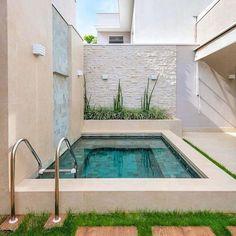Small Swimming Pools, Small Pools, Swimming Pools Backyard, Swimming Pool Designs, Pool Landscaping, Backyard Pool Designs, Small Backyard Pools, Backyard Patio, Kleiner Pool Design