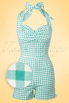 Brigitte Bardot already knew, this Kimmy Gingham Playsuit is truly a musthave!Ready to shine in Vintage Outfits, Retro Outfits, Vintage Dresses, Vintage Fashion, Retro Fashion 50s, Rockabilly Mode, Rockabilly Fashion, Rockabilly Dresses, Vintage Bathing Suits