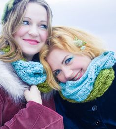 Knitty: BFF Cowls - Free Knitting Pattern!