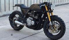 by CAFE RACER | TAG: #caferacergram # | Introducing the 'ZF-X4' Yamaha XJR400 by @zifemoto #zife #zifemoto #zifemotodesign #yamaha #yamahacaferacer #xjr400 #yamahaxjr400 #cafecross #caferacer #caferacers See more on our profile or at facebook.com/caferacers