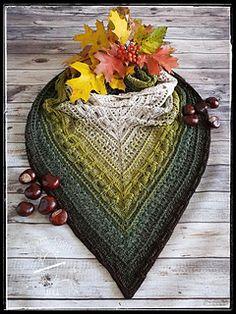 Ravelry: Emissa Shawl pattern by Jacek TresowaneSzydelko Short Curly Styles, Ravelry, Crochet Accessories, Crochet Shawl, English Language, My Design, Crochet Patterns, Wraps, Knitting