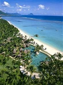 La Pirogue - Mauritius - Beautiful location, pool right next to the beach. Seychelles, Beautiful Islands, Beautiful Beaches, Mauritius Island, Mauritius Travel, Fiji Islands, Cook Islands, Places To Travel, Places To See