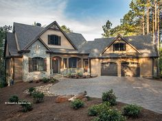 Craftsman Style House Plan with 3446 Square Feet and 4 Bedrooms from Dream Home Source | House Plan Code DHSW077123