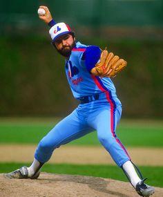 Jeff Reardon - Montreal Expos - http://vesphoto.net/2011/closer-encounters-baseballs-all-time-save-leaders/