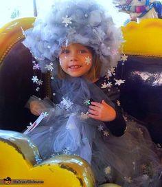 Elsa's Snow Storm - Creative Halloween Costume Idea