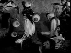 Affiches, posters et images de La femme 100 têtes (1968)