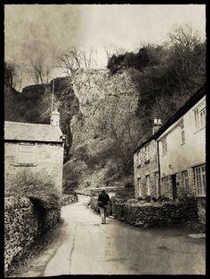Peak Cavern, Castleton, Peak District UK. Photo by keelycc.