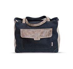 Große Reisetasche aus dunkelgrauem Filz, bietet viel Platz und ist angenehm zu tragen – jetzt bei Servus am Marktplatz kaufen. Felt, Bags