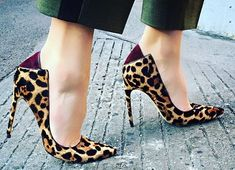 5 Fashion Tips on How to Wear Leopard Print Shoes - Wearing and using fashion shoes is very common to the people who love fashion.