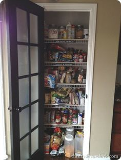Thrifty Decor Chick: An organized pantry