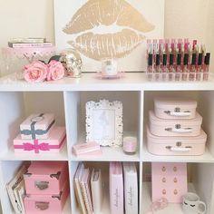 ・・・ My liquid lipstick organizer arrived yesterday from it holds 54 Round liquid lipsticks or lip-glosses I love it! Makeup Storage, Makeup Organization, Girls Bedroom, Bedroom Decor, Bedrooms, Lipstick Organizer, Beauty Room Decor, Kallax Regal, Unicorn Bedroom
