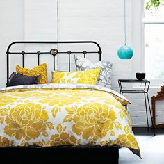 Peony Saffron Queen bed quilt cover