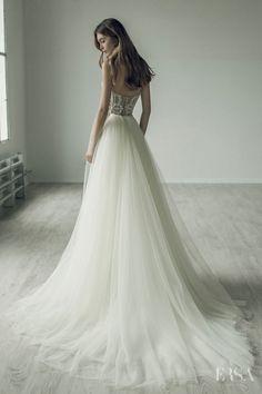 Wedding dress Bita