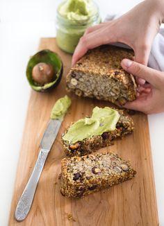 Kahvia & Kasvisruokaa: Tattari-Hasselpähkinäleipä (Gf, V) Banana Bread, Sandwiches, Clean Eating, Cooking Recipes, Desserts, Food, Tailgate Desserts, Eat Healthy, Deserts