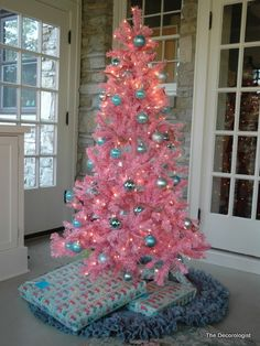 love the pink and blue together and this would be perfect for my new downstairs! Pink Christmas Tree :)