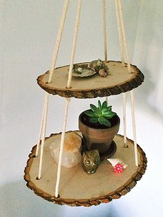 How to Make a Beautiful 2-Tier Wood Slice Hanging Shelf Using Walnut Hollow Basswood Country Rounds