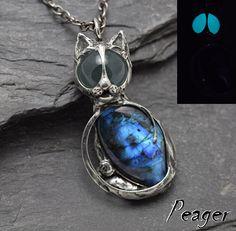 Cat Labradorite PendantCat necklaceGlow Cat pendantCrystal