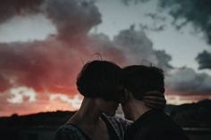 dreamy couple portraits by Hafenliebe Wedding Photography