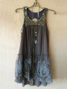 Image of Free People Gypsy violet taupe beaded key hole back with embroidery lay. - Image of Free People Gypsy violet taupe beaded key hole back with embroidery layers of ruffles - Body Con Dress, Look Fashion, Womens Fashion, Gypsy Fashion, Fashion Clothes, Fashion Jewelry, Fashion Headbands, Club Fashion, Kimono Fashion