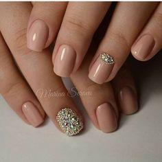 Pretty weddingday nails