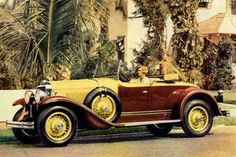 Photo of a 1930 Cadillac...even the vehicles were sweet then : )  This is almost Identical to gatsbys vehical