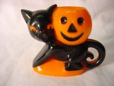 Black Cat JOL Plastic Candy Container Rosbro. I have one of these!