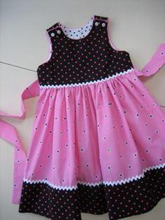 Girls Frock Design, Baby Dress Design, Kids Frocks Design, Baby Girl Dress Patterns, Baby Frocks Designs, Frocks For Girls, Little Girl Outfits, Little Dresses, Little Girl Dresses