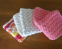 Back and Forth Dishcloth: FREE crochet pattern worked up in a coral color, off-white, and a variegated orange, white, yellow yarn.
