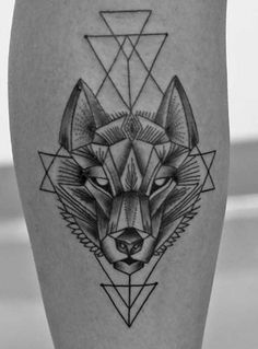 Feed your ink addiction with these wolf tattoo design ideas. Visually stunning wolf tattoos full of meaning in countless different styles. Geometric Wolf Tattoo, Geometric Tattoo Design, Wolf Tattoo Design, Geometric Animal, Tattoo Abstract, Wolf Design, Geometric Sleeve, Tribal Sleeve, Men Design
