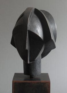 Edition of 26 X 23 X 21 cm Cubist Sculpture, Sculpture Head, Stone Sculpture, Contemporary Sculpture, Contemporary Art, Modern Art Deco, Ceramic Art, Sculpting, Artwork
