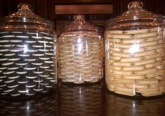 Khloe Kardashian's cookie jars (on her kitchen island)- perfectly stacked Oreos, Vienna fingers, iced oatmeal! I now have 2 of these! woo hoo!