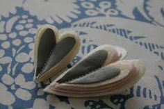 Kuvahaun tulos haulle heijastimen valmistus Slippers, Crafts, Diy, Do It Yourself, Sneakers, Manualidades, Bricolage, Slipper, Handmade Crafts
