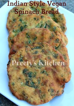 Indian Style Vegan Spinach Bread / Besan Palak Ki Poori is made with combination of gram flour, whole wheat flour & spinach . It can be se. Indian Food Recipes, Vegetarian Recipes, Cooking Recipes, Chickpea Recipes, Indian Snacks, Falafel, Indian Flat Bread, Indian Breads, Chapati Recipes