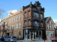 "Corner 3 flat Chicago""s Bucktown Neighborhood - 'grew up in this gritty neighborhood"