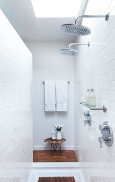 beautiful tiles, lovely floorboards, double showers