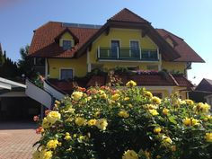 Located in Wenigzell Haus Rose offers a seasonal outdoor pool and a fitness center as well as self-catering apartments with free WiFi access and a. Haus Rose Wenigzell Austria R:Styria hotel Hotels Free Wifi, Outdoor Pool, Austria, Mansions, House Styles, Apartments, Catering, Plants, House