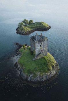 Beautiful Castles, Beautiful World, Beautiful Places, Scottish Castles, Scotland Castles, Abandoned Mansions, Abandoned Places, Angles, West Coast Scotland