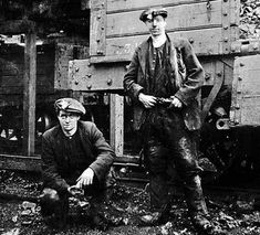 miners who worked the Lady Victoria Colliery at Newtongrange near Edinburgh Coal Miners, I Remember When, Edinburgh, Scotland, Danny Miller, History, Working Class, Pictures, Chile