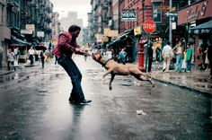 Jamel Shabazz - Man and dog on the Lower East Side, 1980