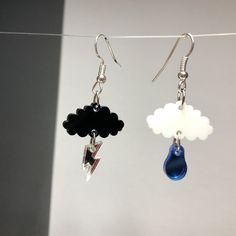 Funky Earrings, Diy Clay Earrings, Beaded Earrings, Earrings Handmade, Handmade Jewelry, Black Earrings, Unique Earrings, Weird Jewelry, Funky Jewelry