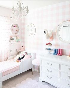 Cheap Home Decor Our daughters updated bedroom with pink gingham wallpaper! We love changing up our spaces with removable wallpaper and this pink buffalo check is perfect. Full room tour here! Pink Gingham Wallpaper, Pink Removable Wallpaper, Zipper Bedding, Toddler Rooms, Girl Toddler Bedroom, Bedroom For Girls Kids, Of Wallpaper, Girl Room Wallpaper, Little Girl Wallpaper