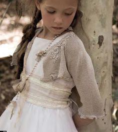 Bellísimos y con un estilo muy bohemio son los vestidos de comunión de @RubioKids